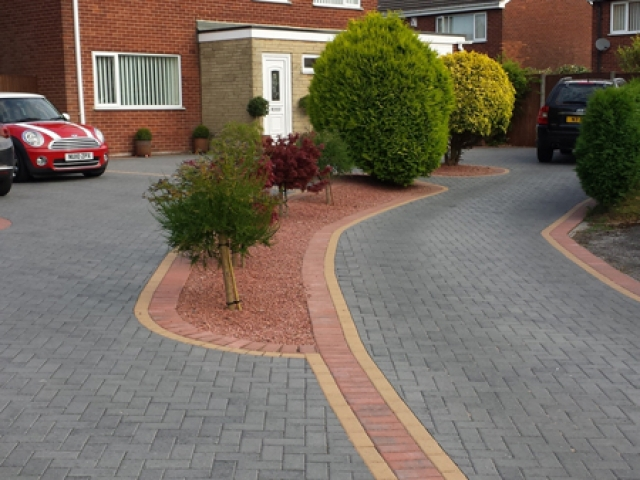 Paved Driveway Dronfield