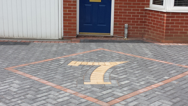 Plaspave block paving
