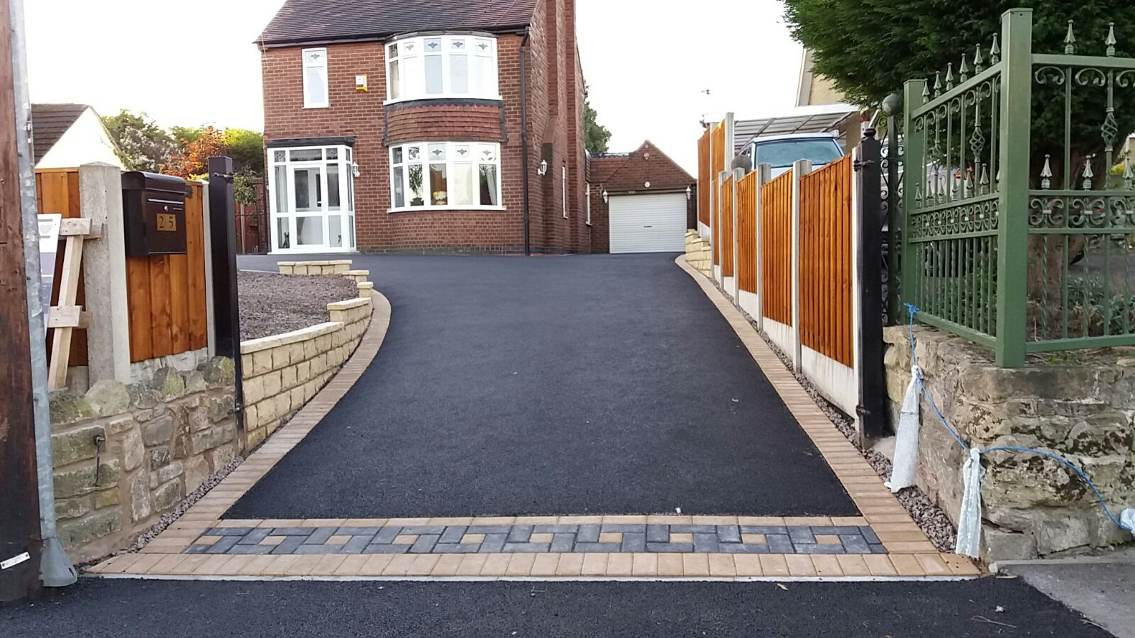 Tarmac Drive Edged In Block Paving